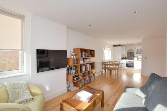 Lounge of Canary View, 23 Dowells Street, Greenwich, London SE10