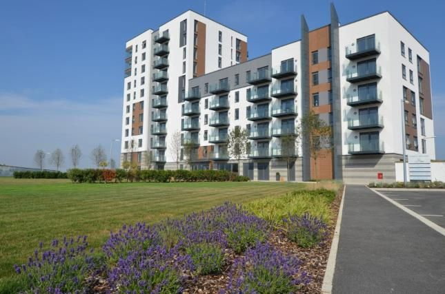 Thumbnail Flat for sale in Marina Heights, Pearl Lane, Gillingham, Kent