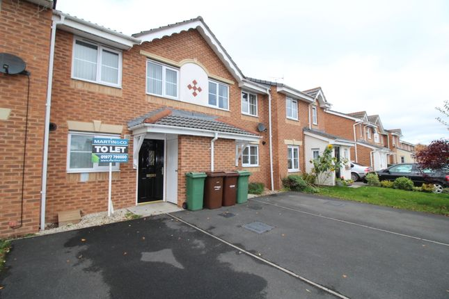 Thumbnail Town house to rent in Rother Garth, South Elmsall, Pontefract