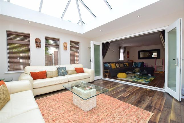 Thumbnail Bungalow for sale in Green Street Green Road, Dartford, Kent