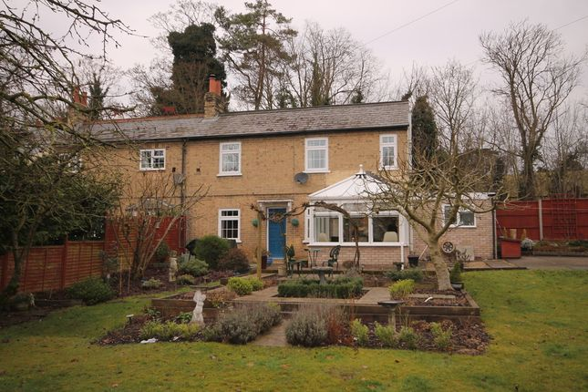 Thumbnail Semi-detached house for sale in Roxton Road, Great Barford