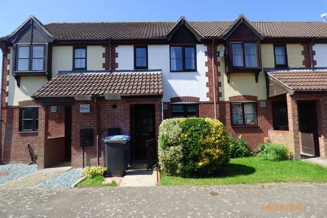 Thumbnail Terraced house to rent in Mirbecks Close, Worlingham, Beccles