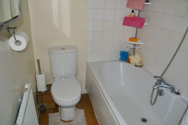 Bathroom of Turner Street, Abington, Northampton NN1