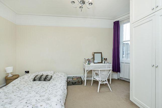 2nd Bedroom, 2 of Talgarth Road, London W14