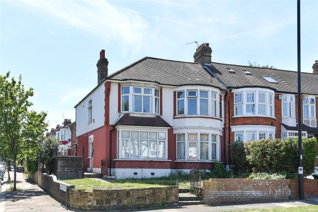 Thumbnail Flat for sale in Bourne Hill, Palmers Green, London