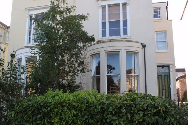 Thumbnail Flat to rent in Hampton Road, Redland, Bristol