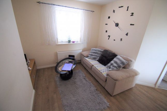 Thumbnail Semi-detached house to rent in Gibraltar Close, Coventry
