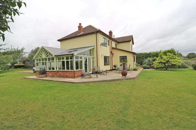 Thumbnail Detached house for sale in Whinsgate, Near Eastoft