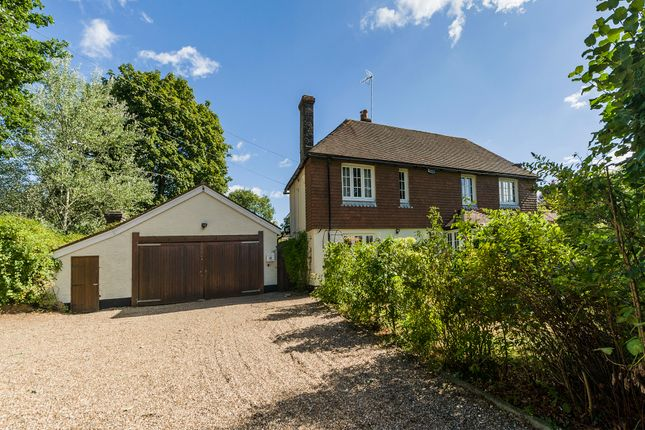 Thumbnail Detached house for sale in Mutton Hill, Dormansland, Lingfield