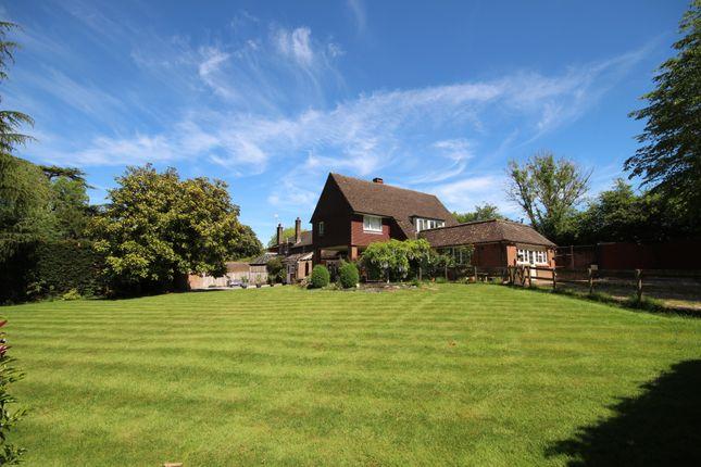 Thumbnail Country house for sale in Bottings Hill, Cripplegate Lane, Southwater, Horsham