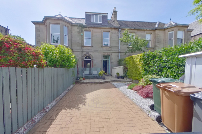 Thumbnail Flat for sale in Granton Road, Trinity, Edinburgh