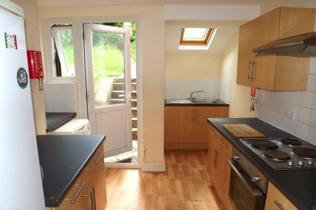 4 bed terraced house to rent in Coombe Road, Brighton