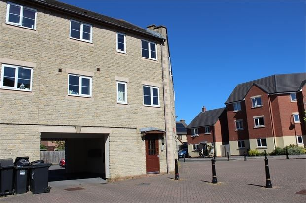 Thumbnail Flat for sale in Market Avenue, St Georges, Weston-Super-Mare, North Somerset.