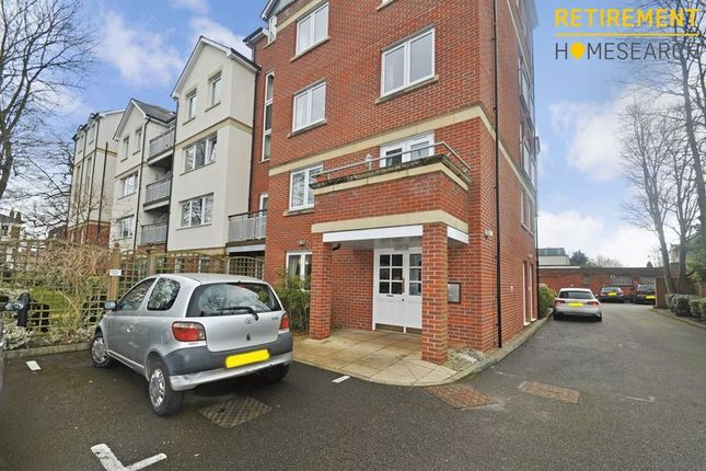 Thumbnail Flat for sale in Connaught Court, Windsor