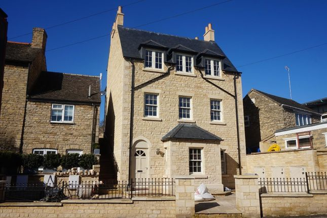 Thumbnail Flat for sale in North Street, Stamford