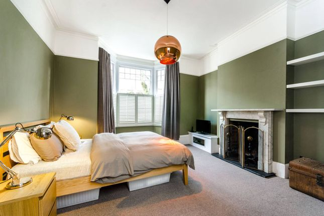 Thumbnail Flat for sale in Northwood Road, Highgate