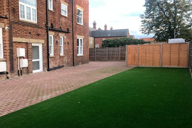 Communal Garden of Shortmead Street, Biggleswade, Beds SG18