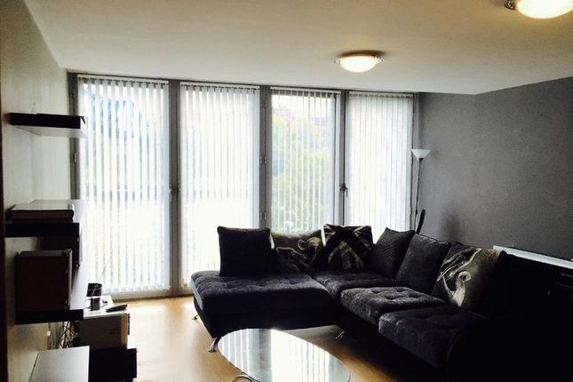 Thumbnail Flat for sale in Forth Banks, Newcastle Upon Tyne