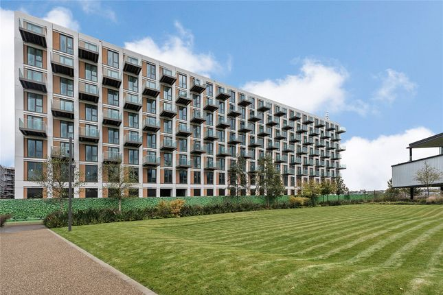 Thumbnail Flat for sale in Sienna House, Royal Wharf, Silvertown, London
