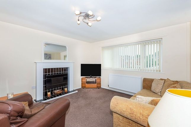 Thumbnail Flat to rent in Russell Court, Widnes