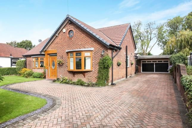 Thumbnail Bungalow for sale in Styal Grove, Gatley, Cheadle, Cheshire