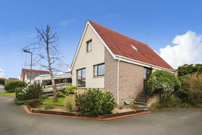 Thumbnail Detached house for sale in Acredales, Linlithgow