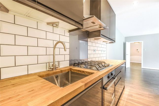 Thumbnail Flat to rent in Crescent Road, Crouch End, London