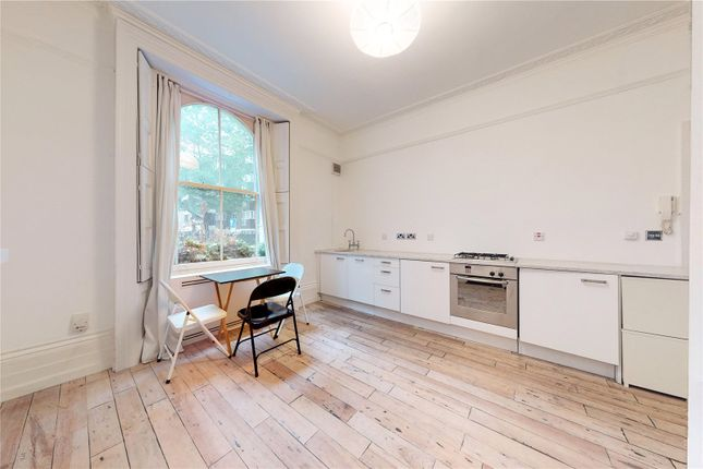Thumbnail Flat to rent in Regent Square, London