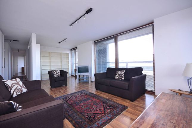 Thumbnail Flat To Rent In Lauderdale Tower Barbican