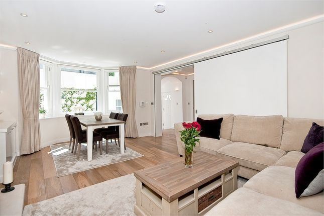 Thumbnail Flat for sale in Lauderdale Road, London
