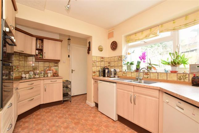 Thumbnail Detached house for sale in Freshfield Bank, Forest Row, East Sussex