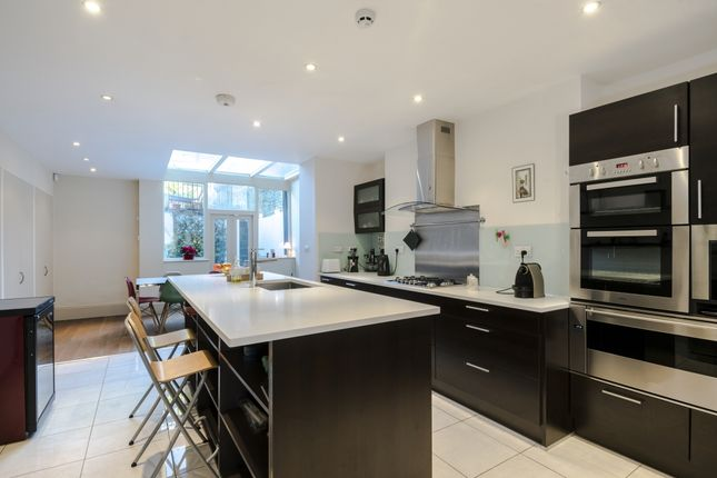 Thumbnail Terraced house to rent in Powis Gardens, London