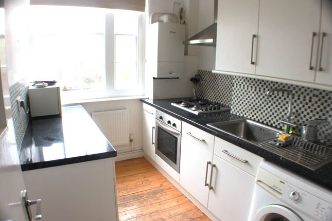 Thumbnail Flat to rent in Block A Peabody Estate Camberwell Green, Camberwell, London