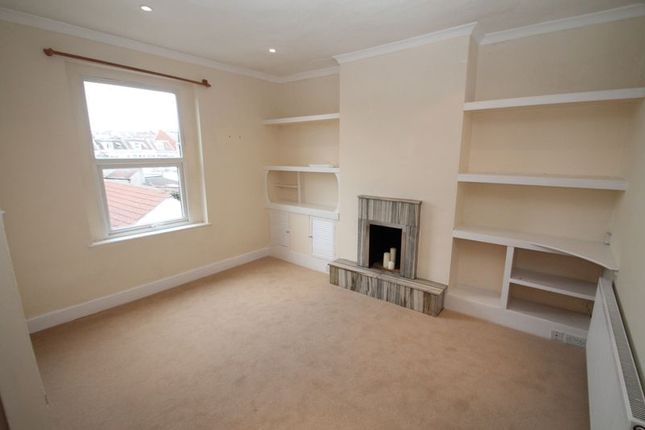 Thumbnail Flat to rent in North Road, St Andrews, Bristol