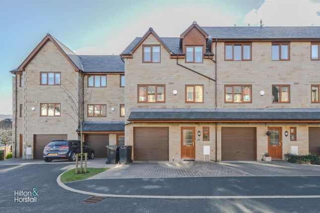 Thumbnail Town house for sale in Standroyd Court, Colne