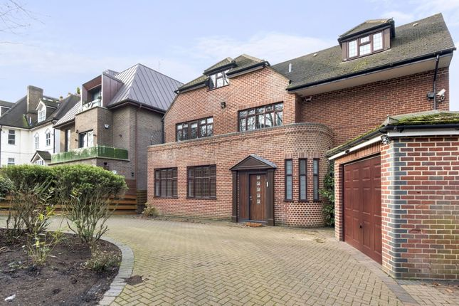 Detached house to rent in West Heath Road, London
