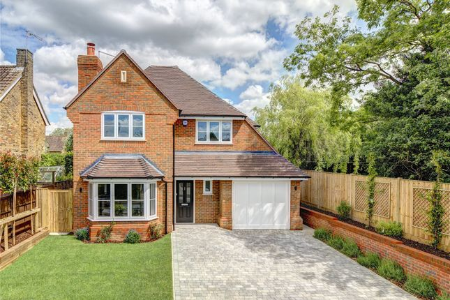 Thumbnail Detached house for sale in Crabtree Close, Beaconsfield, Buckinghamshire