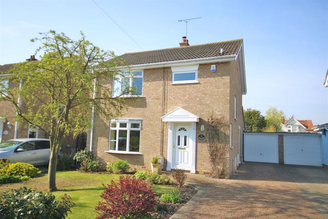 Thumbnail Detached house for sale in Queens Road, Frinton-On-Sea