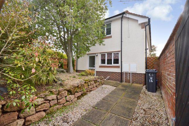 2 bed detached house to rent in Cranford Avenue, Exmouth, Devon EX8