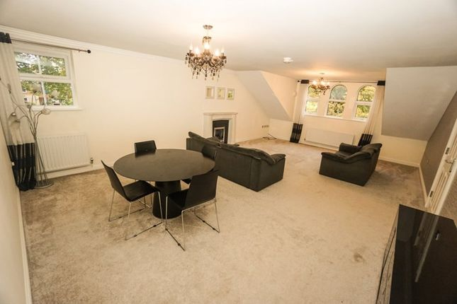 Flat to rent in Chorley New Road, Heaton, Bolton