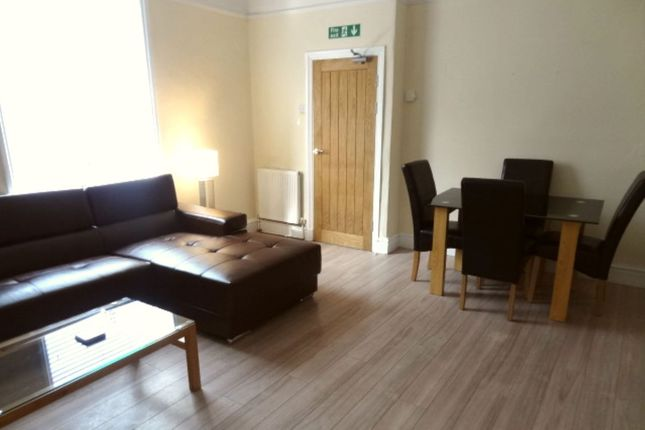 Thumbnail Room to rent in Lord Street, Colne