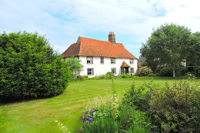 Thumbnail Farmhouse for sale in Braintree Road, Essex