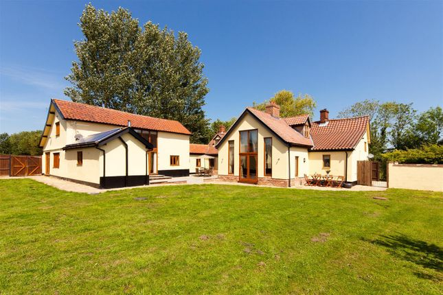 Thumbnail Detached house to rent in Barhams Lane, Carleton Rode, Norwich