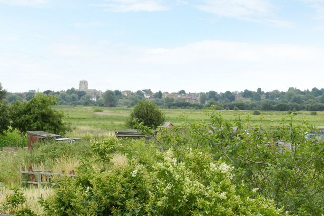 Thumbnail Property for sale in King's Dam, Gillingham