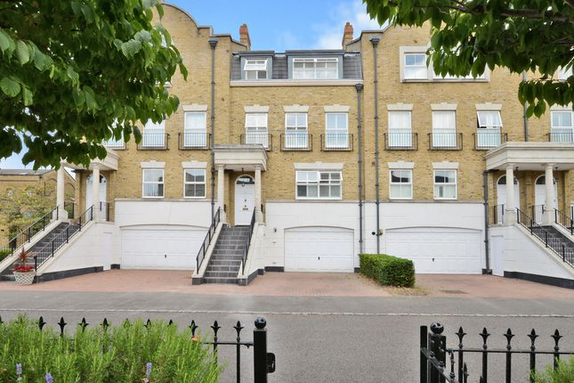 Thumbnail Town house for sale in Clearwater Place, Surbiton