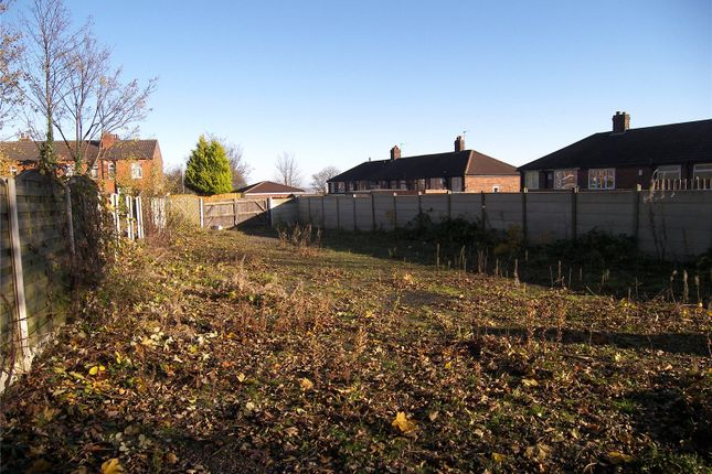 Picture No. 02 of To Rear Of 94 Highfield Avenue, Leeds, West Yorkshire LS12