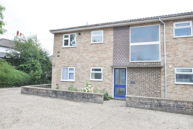 1 bed flat to rent in Flat 1 Grovebury, Bellbanks Road, Hailsham BN27