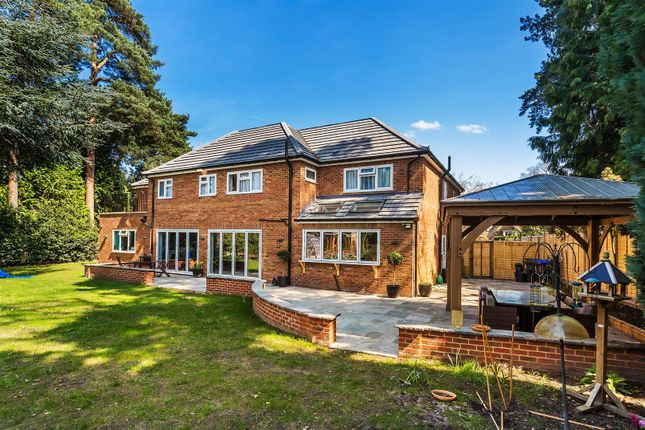 Thumbnail Detached house for sale in Broomcroft Drive, Pyrford, Woking