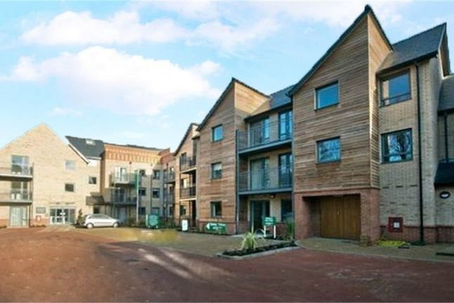 Thumbnail Flat for sale in St Catherines Road, Grantham, Lincolnshire