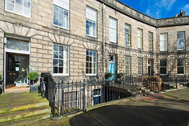 Thumbnail Flat for sale in Claremont Crescent, New Town, Edinburgh